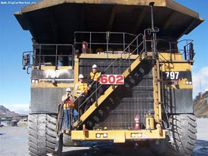 Caterpillar 797 truck2