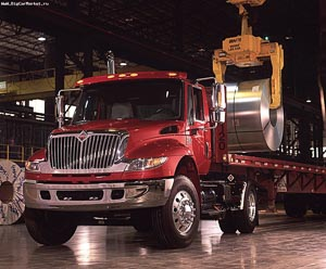 International red8500 4x2