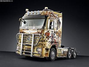 Mercedes trucknroll edition