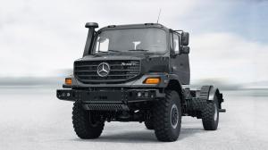 Mercedes Zetros черный