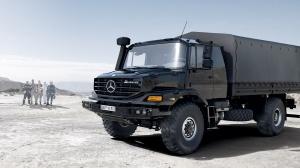 Mercedes Zetros тентованный